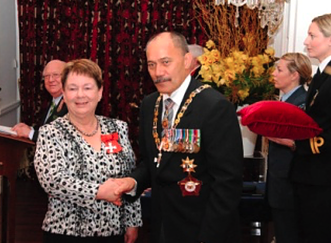 Frances Denz & Governor General Sir Jerry Mateparae